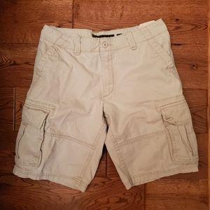 Old Navy khaki cargo shorts size 32